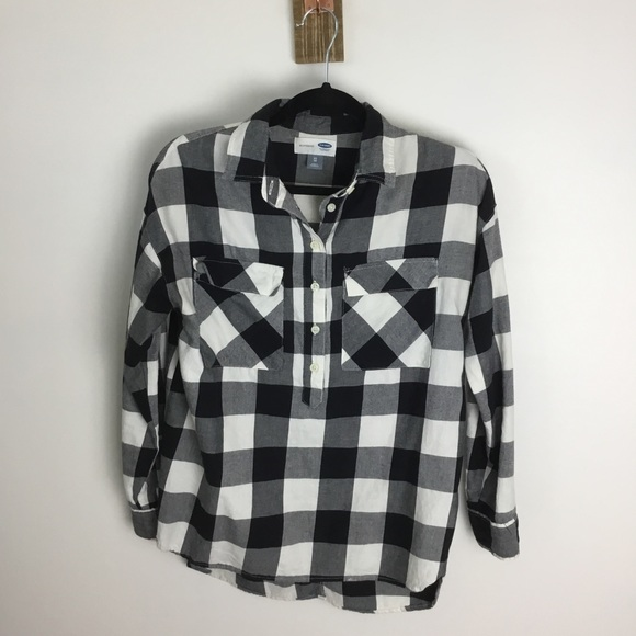 Old Navy Tops - Old Navy Flannel